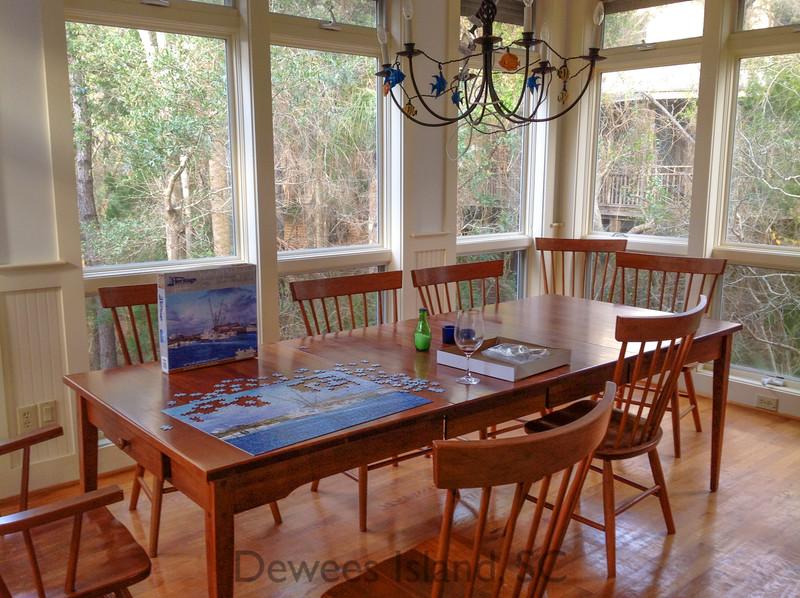 371 Pelican dining room